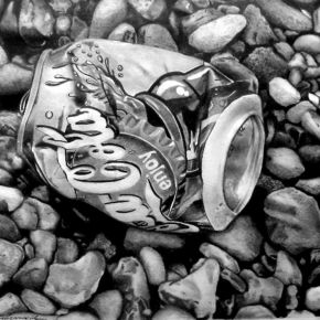 Coke can image
